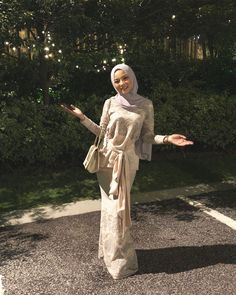 As long as you believe in yourself youre good to go. In shaa Allah. Kebaya Modern Hijab, Model Kebaya Modern, Kebaya Hijab, Kebaya Dress, Kebaya Muslim, Modern Hijab Fashion, Batik Fashion, Muslim Fashion, Look Fashion