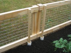Removable Fence container garden w rabbit, deer, mole proof fence and gate. 'u