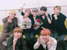 BTS_official (@bts_bighit) | ทวิตเตอร์