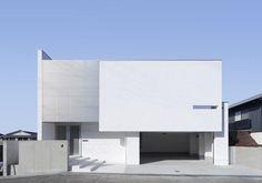• Stelios Karalis || LUXURY Connoisseur ||•持出し壁を活かした白い家 01/23