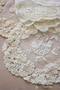 Embroider on Lace Lace Ribbon, Lace Fabric, Shabby Vintage, Vintage Lace, Lace Beadwork, Crazy Quilt Blocks, Fru Fru, Lacemaking, Pearl And Lace
