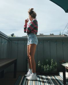 New Trends with high weisted shorts you should try once Spring Outfits, Trendy Outfits, Girl Outfits, Cute Outfits, Fashion Outfits, Surfergirl Style, Tumbrl Girls, Mein Style, Looks Chic