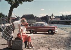 Vintage Girl's Road Trip