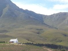Church in Hemel en Aarde Valley - Heaven On Earth Valley Wonderful Places, Beautiful Places, Peace In The Valley, Lush Garden, Afrikaans, Heaven On Earth, Farm Life, Cry, South Africa