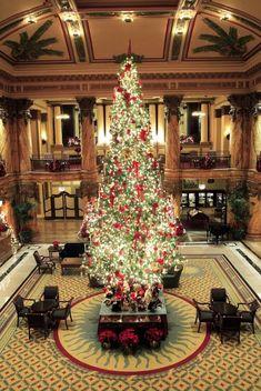The Jefferson Hotel in Richmond, Virginia #ohChristmasTree