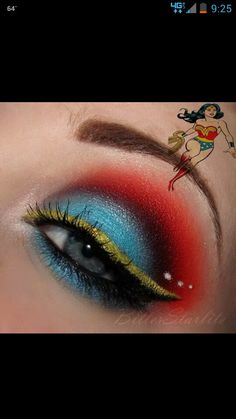 Wonder-Women makeup! :D So pretty(: