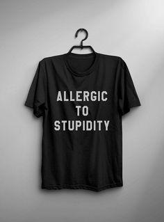 Alérgica a la estupidez graciosa hipster de grunge de
