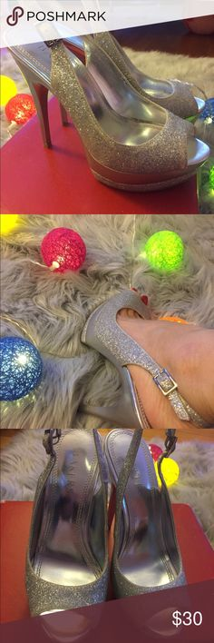 fancy glitter shoes!! very good condition!! perfect for any occasions!! minor scratches on the side as show in the picture. size 5 Shoes Heels