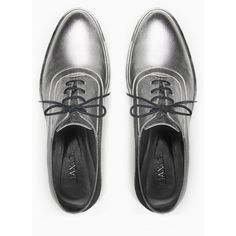 MAX&Co. Laminated leather Oxford shoes (555 BRL) ❤ liked on Polyvore featuring shoes, oxfords, real leather shoes, genuine leather shoes, round cap, leather footwear and max&co shoes