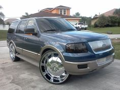 Ford Expedition On 30'S That's So Awesome :-)
