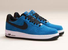 nike air force 1 low military blue black white 03 570x425 Nike Air Force 1 Low Military Blue Black White