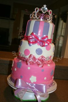 Princess Birthday, Princess Party, Bee, Birthday Cake, Party Ideas, Facebook, Desserts, Photos, Food