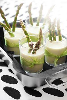 Asparagus spring brunch