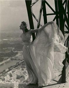 Erwin Blumenfeld ::: Paris Vogue, Eiffel Tower, May 1939