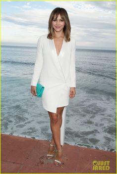 Katharine McPhee Dresses to Impress at Just Jared x REVOLVE Dinner in Malibu   katharine mcphee just jared revolve clothing dinner 05 - Phot...