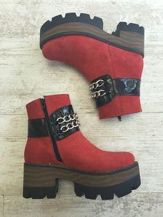 2016 Eduardo Zapatero Timberland Boots, Shoes, Fashion, Over Knee Socks, Women, Moda, Zapatos, Shoes Outlet, La Mode