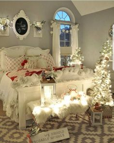 bedroom Cozy & Festive Christmas Bedroom Decorations To Keep Up All Holiday Season - Hike n Dip Indulge in the holiday spirit by decorating your bedroom. Choose from over 50 cozy & festive Christmas Bedroom decorations perfect for the holiday season. Romantic Bedroom Design, Romantic Bedrooms, Romantic Home Decor, Cozy Bedroom, Master Bedroom, Bedroom Ideas, Bedroom Designs, White Bedroom, Master Suite