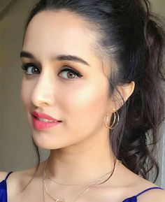 Picture of cute bollywood actress Shraddha Kapoor hot Bollywood Actress Hot Photos, Indian Bollywood Actress, Bollywood Girls, Beautiful Bollywood Actress, Bollywood Actors, Bollywood Celebrities, Bollywood Fashion, Beautiful Actresses, Indian Actresses
