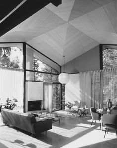 JULIUS SHULMAN, The Booth Residence, architects Smith and Williams Architects, Beverly Hills, Los Angeles, 1956.