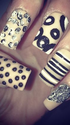 False nails full set hand-painted