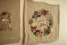 언젠가는 꼭 메종 드 플로라 라는 이름을 넣어서 자수를 꽃 놓아 보고싶었어요...^^ 울사를 이용하여서 입... Embroidery Patterns, Crochet Patterns, Fun Crafts, Amazing Crafts, Needle And Thread, Fabric Decor, Fiber Art, Applique, Textiles