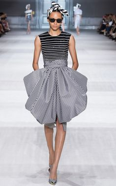 Monochrome black and white striped: retro scarf headband + sequin embellishment + print cocktail dress Giambattista Valli Fall Winter 2014 #Couture #FW2014 #HauteCouture