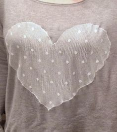 handcraftmarie: Pimp your pullover/sweater! Ein Herz aus Spitze! ♥ a heart of lace ♥ DIY