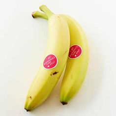 This idea is bananas! Why not go with a delicious and nutritious treat that is prepackaged by nature? http://www.bhg.com/holidays/valentines-day/cards/valentines-day-cards-with-candy/?socsrc=bhgpin020715bananavalentinesidea&page=13