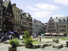 Rouen Cityguide | Your Travel Guide to Rouen - Sightseeings and Touristic Places