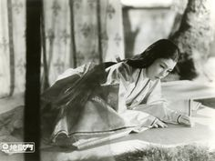 Gate of Hell 1953 Ѯ  Machiko Kyo star of 'Gate of Hell' is Japan's greatest film actress and the highest paid woman in the country. Her earnings average $50,000 in yen. In 'Gate of Hell' she plays a faithful wife who sacrifices her life to save her husband from an impassioned admirer. From a USA Press release, dated Feb 17 1956