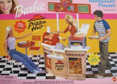 Amazon.com: Barbie Pizza HUT Restaurant Playset (2001): Toys & Games