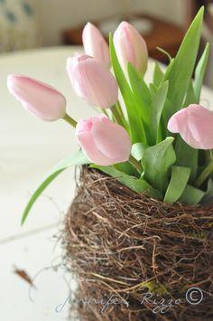 Bird nest vase