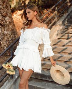 Beautiful Girl Image, Simply Beautiful, Beautiful Women, Marina Laswick, Canadian Models, Respect Women, Summer Wardrobe, Me As A Girlfriend, Summer Looks