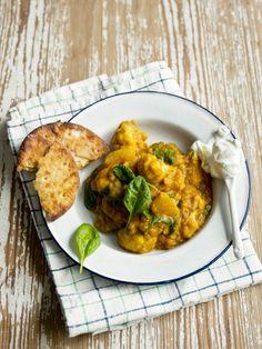 Itämaisesti maustettu curry on arjen pikaruokaa