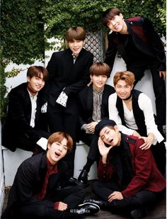 ~♡great pic of 7 handsome  young men