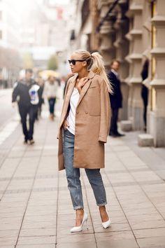 camel coat, white pumps, boyfriend jeans