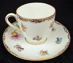 Cute Antique Wissman Dresden Demitasse Cup & Saucer Antique Tea Cups, Vintage Teacups, White Tea Cups, Empty Cup, China Cups And Saucers, Tea Strainer, Tea Sets, Fine China, Cup And Saucer