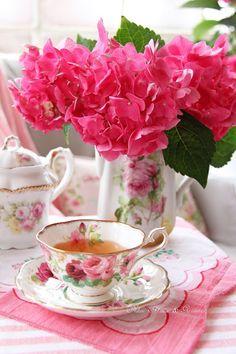 Aiken House & Gardens: A Pink Hydrangea Tea Good Morning Coffee, Coffee Time, Tea Time, Raindrops And Roses, Boho Home, Pink Hydrangea, Good Morning Flowers, Tea Strainer, Tea Art