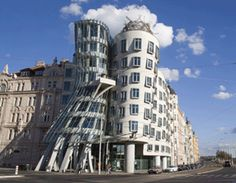 Frank Gehry is a one of a kind architect. He falls under the category of a Deconstructivism architect. This means that his buildings are dra. Post Modern Architecture, Study Architecture, Amazing Architecture, Frank Gehry, Unique Buildings, Amazing Buildings, Grand Tour, Digital Marketing Strategy, Monuments