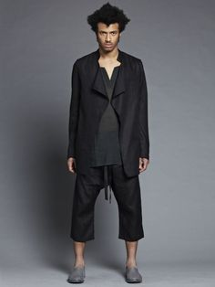 Denis Colomb - s/s 2012 __ Linen stand collar buttonless jacket with cotton-cashmere tunic and linen sarouel pants Sarouel Pants, Simple Man, Dandy, Types Of Fashion Styles, Athleisure, Couture, Cashmere, Normcore, New York