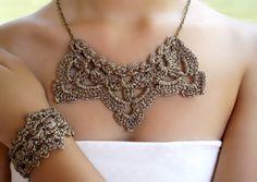 Elegante y romántico conjunto de #collar gargantilla y #pulsera de #crochet por DIDIcrochet, €23.00