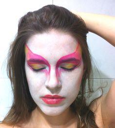 Técnica clown inspiração Cirque du Soleil.  #vaidosasdebatom #vaidosas #batom #blog #blogueira #blogger #tutorial #dicas #passoapasso #post #instablog #foto #selfie #beleza #beauty #maquiagem #make #makeup #cosmeticos #maquiador #caracterizacao #personagem #visual #tendencia #inspiracao #ideia #followme #pictures #festa #evento #mulher #homem #criança #adolescente #love #circo #circense #pintura #clow