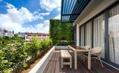 Modern Green Wall House in Singapore by ADX Architects Pte Ltd-02