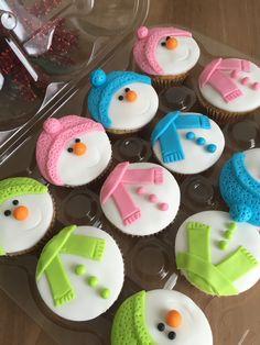 Cupcake Muñecos de nieve | Snowman cupcake | Postrería
