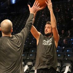 Marco Belinelli warming up before the Nets game 2-6-13 <3