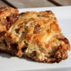 Coffee Toffee Pecan Scone 10 thumb Toffee Coffee Pecan Scones with a Kahlua Glaze Tea Recipes, Brunch Recipes, Baking Recipes, Scone Recipes, Kahlua Recipes, Brunch Food, Brunch Party, Baking Ideas, Recipies