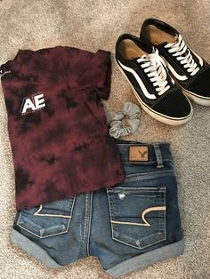 Skater summer outfit idea👽 casual summer outfits for teens, summer school outfits, college Outfits Teenager Mädchen, Teenage Outfits, Teen Fashion Outfits, Fall Outfits, Shorts Outfits For Teens, Scene Outfits, Fashion Tips, Emo Outfits, Disney Outfits