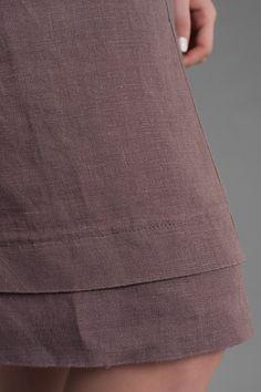 VESTIDO DE LINO PURO 100% VESTIDO DE LINO COLOR MARRÓN/CACAO Vestido de lino hasta la rodilla con manga corta, bolsillos cómodos, simplly elegantes. Hecho de tela de lino especialmente lavada, por lo tanto mucho más suave y encoger-resistente. Seguramente hará una adición hermosa a su