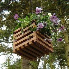 A different style of hanging planter. #backyard #outdoor #plants #decor