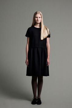 Samuji   Fall 2014 Ready-to-Wear Collection   Style.com